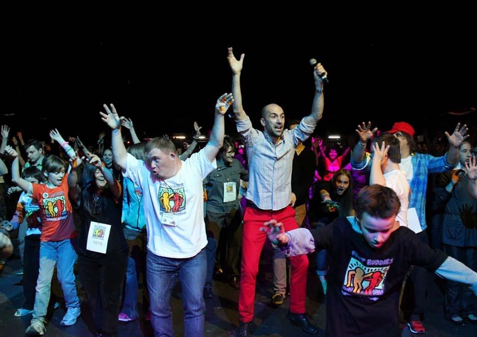 Посмотрите, как здорово мы танцевали на нашем Танцевальном марафоне!